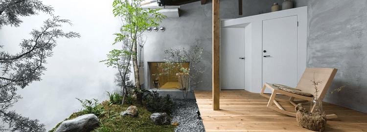 Ein Gästehaus in Japan, für welches alte Holzbalken benutzt werden