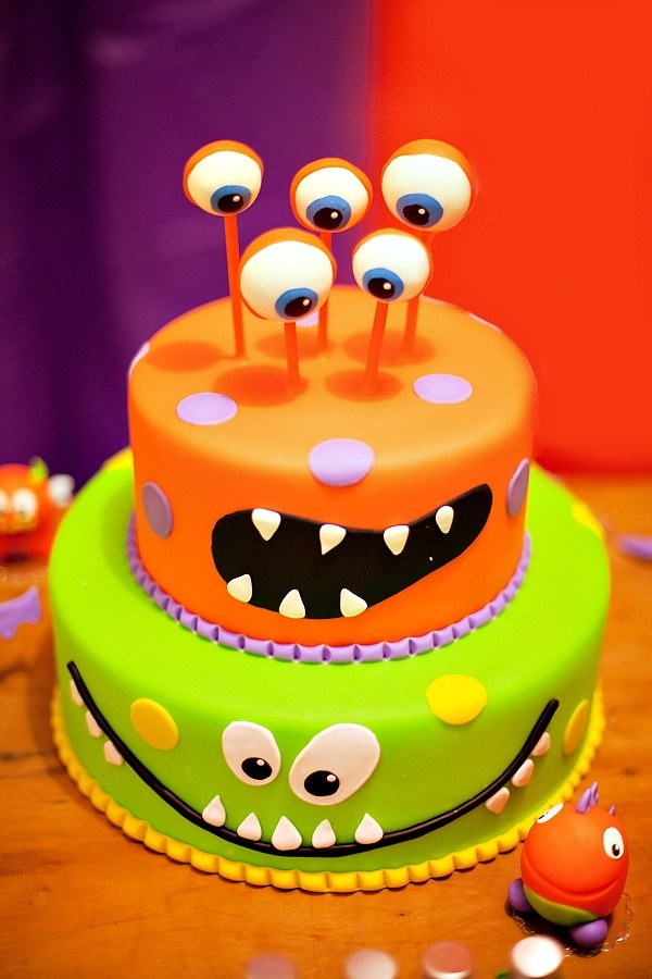 Non Scary Halloween Cake Decorations Fun Cakes For Kids