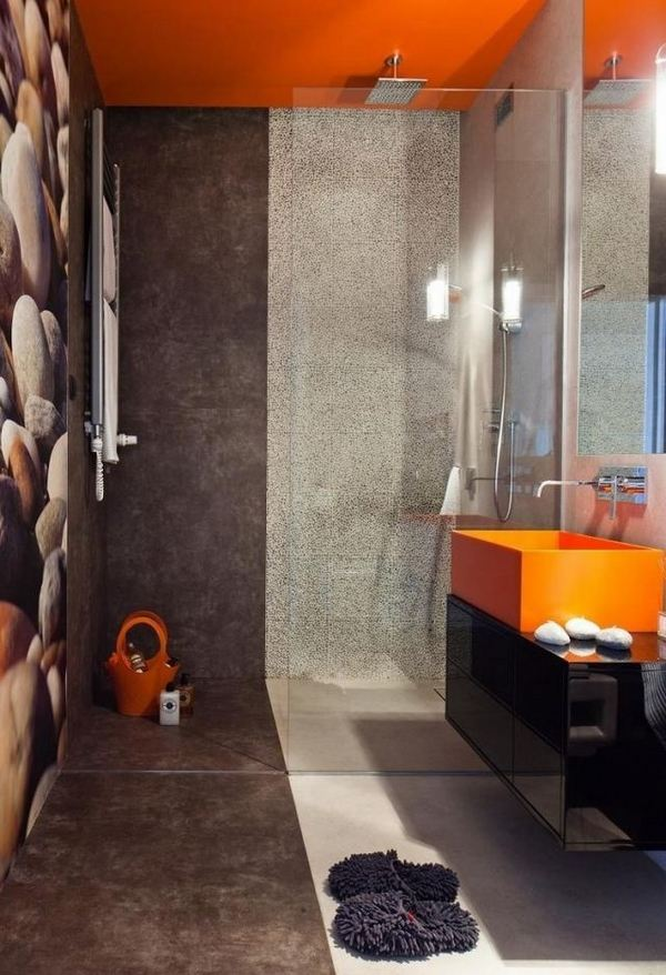A Hot Trend In Bathroom Design Modern Curbless Shower