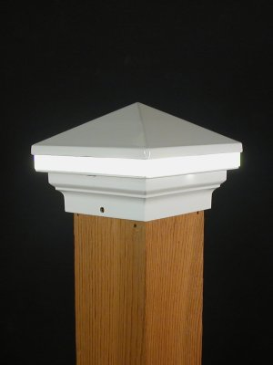 Aurora Iris Led Deck Post Light