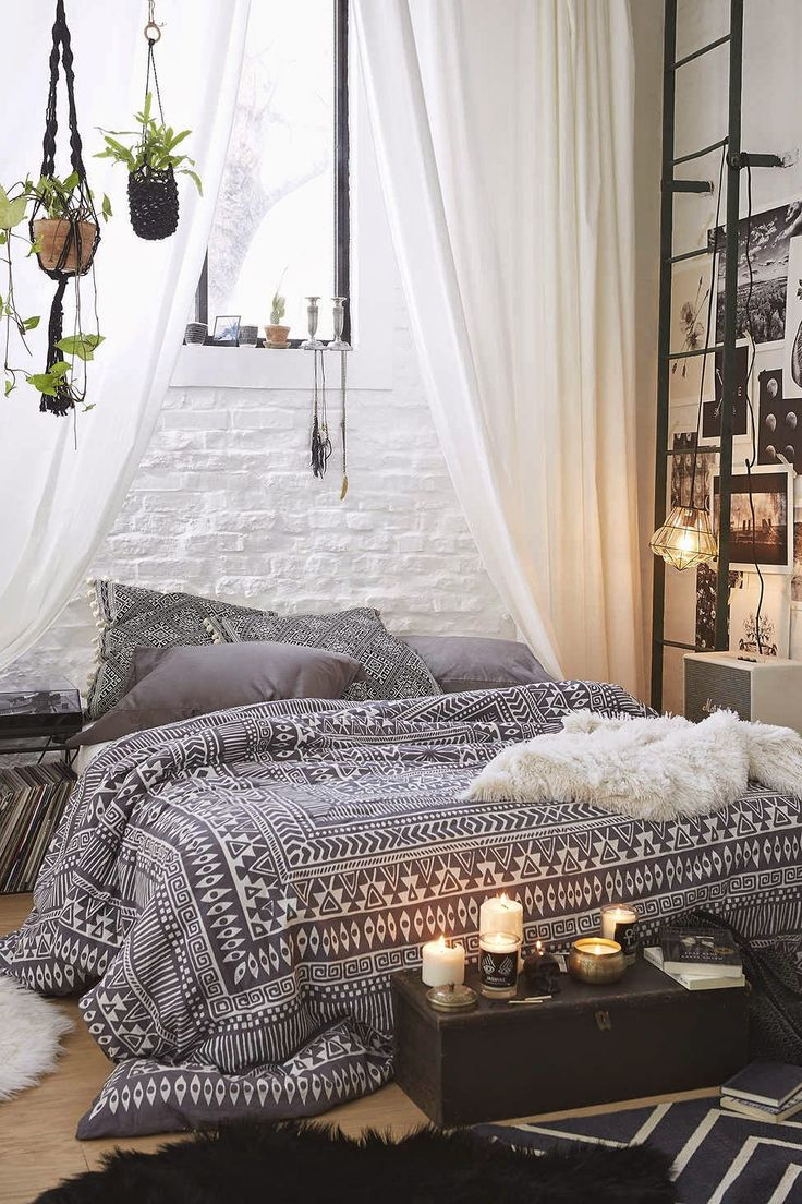 31 Bohemian Bedroom Ideas   Decoholic Bohemian Bedroom Ideas