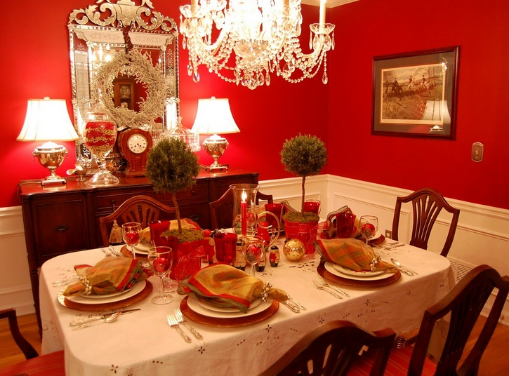 Italian table decorations ideas for red   white dining room     Italian table decorations ideas for red   white dining room