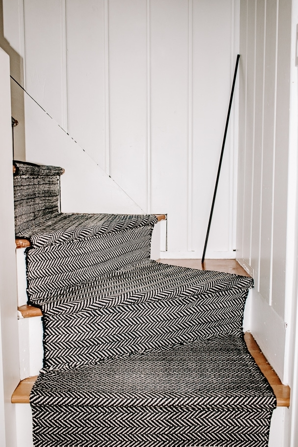 How To Install A Stair Runner With Rods 6 Easy Steps Decor Hint | End Of The Roll Stair Runners | Roger Oates | Staircase Makeover | Wall Carpet | Hallway Carpet | Stair Treads