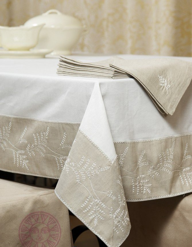 Wholesale White Table Cloths