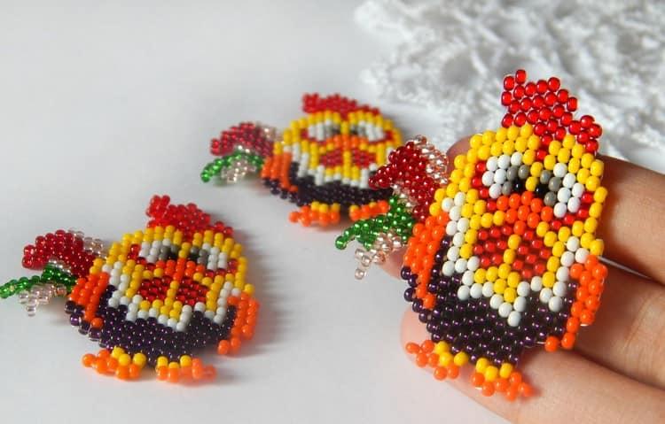 可爱的珠守护者公鸡 - 准备好配色方案