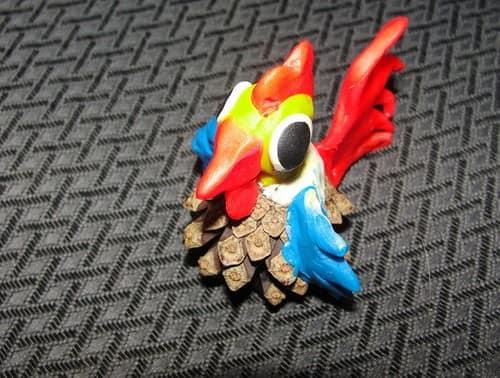 工艺品和橡皮泥雄鸡