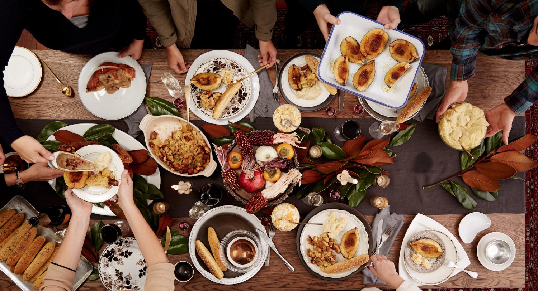 Food Plate Giving Dinner Thanks