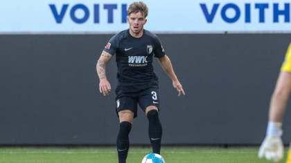FC Augsburg: Pedersen's novel likelihood in a novel position
