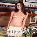 Model Baju Batik Gaun Couple 19