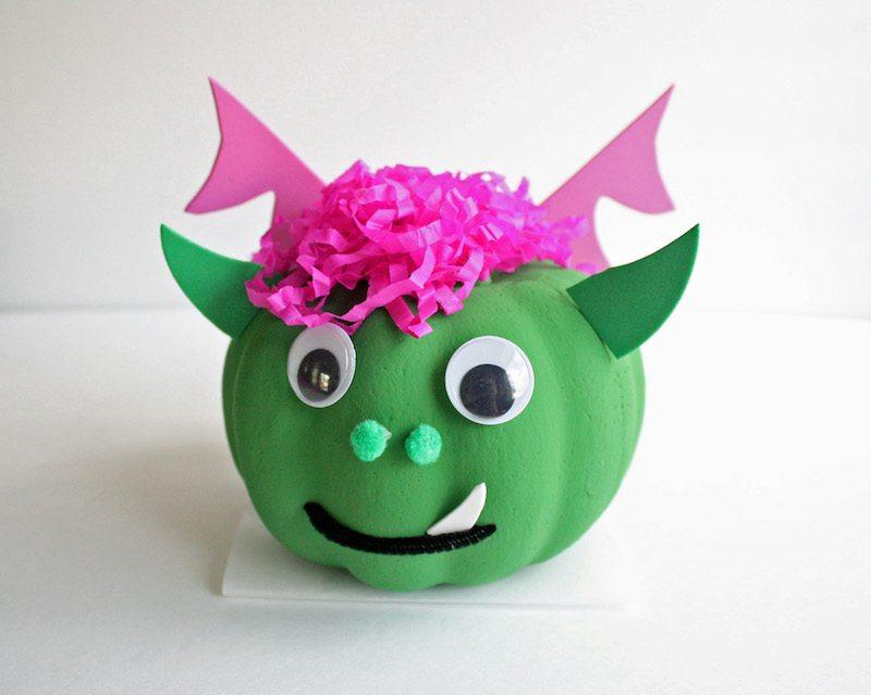 original-petes-dragon-pumpkin-halloween-craft
