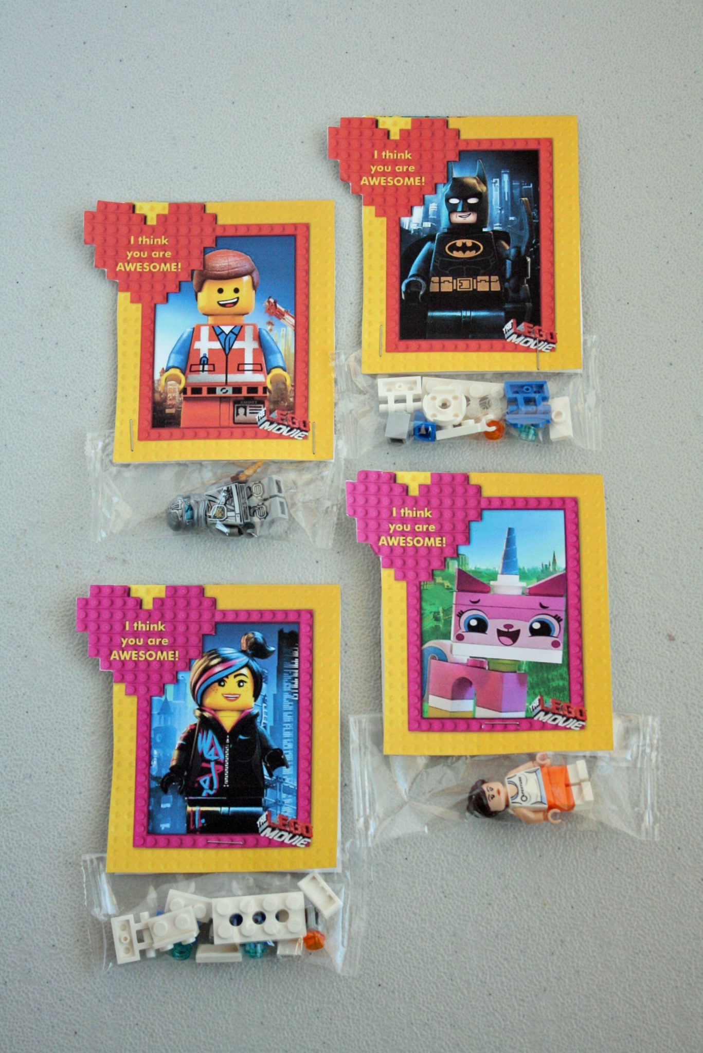 These awesome LEGO movie valentines cards are perfect for your children to pass out to friends in their classroom. Add a creative DIY touch by attaching some LEGO bricks or other Lego favors like minifigures. Lego Printable Valentines | LEGO Valentines Cards