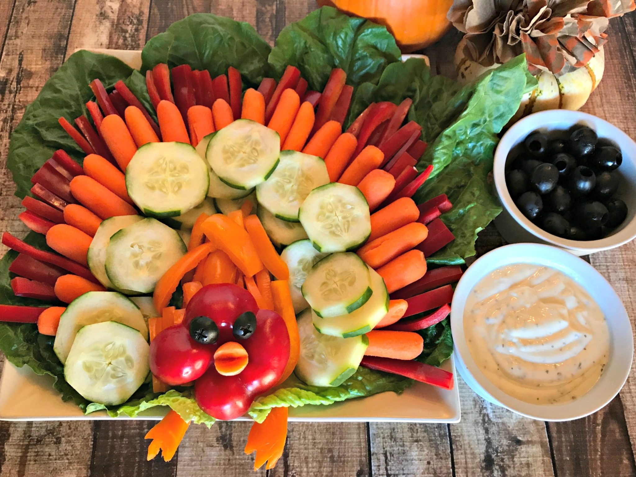 How to make a turkey veggie tray for thanksgiving