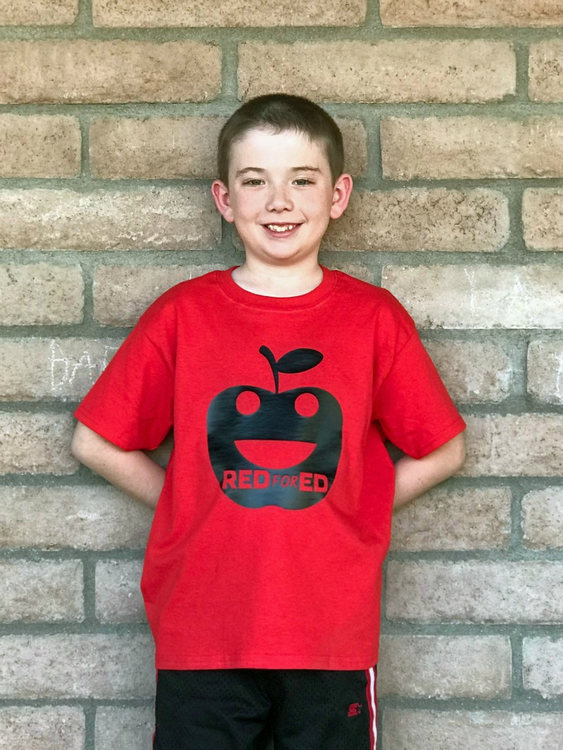 DIY Red For Ed shirt designs including a red for education star wars t-shirt and a fun smiling apple red for ed shirt to support red for ed in Tucson, Phoenix and all of Arizona in 2018
