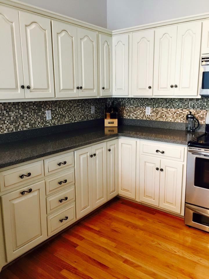 Best Flooring Oak Cabinets
