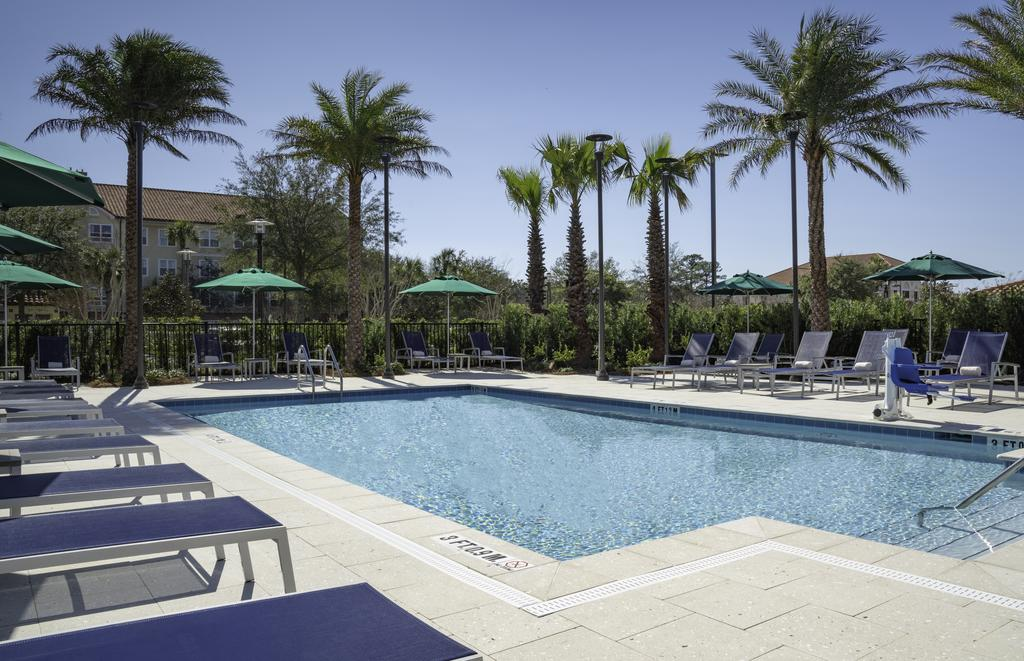 destin hotels with outdoor swimming pool