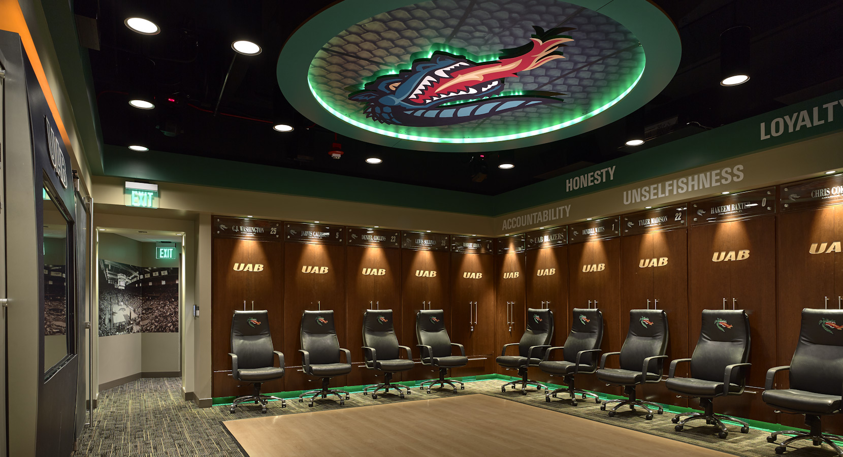 Birmingham Commercial Interior Design by Design Innovations UAB Blazers Men s Basketball Locker Room  Birmingham  Alabama