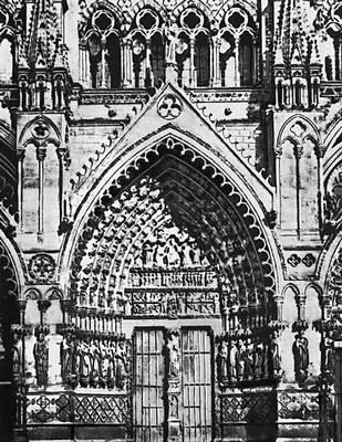 Центральный портал готического собора в Амьене. Франция. 1225—36.