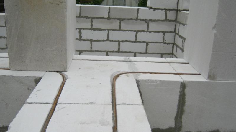 hiilihapotettu betonikylpy
