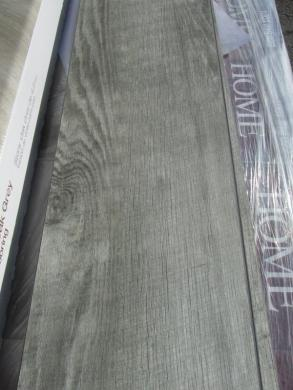 Auction Nation   Auction  GLENDALE Flooring Pallet Lot Auction 01 01         Pallet of 41 Cases of HOME DECORATORS COLLECTION Stony Oak Grey Vinyl  Plank Flooring