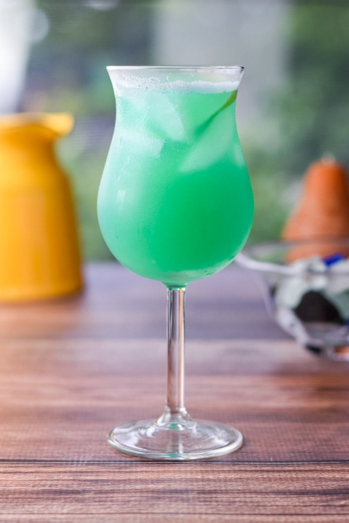 Sort of Blue Hawaiian Cocktail - Fun & Colorful Drink ...