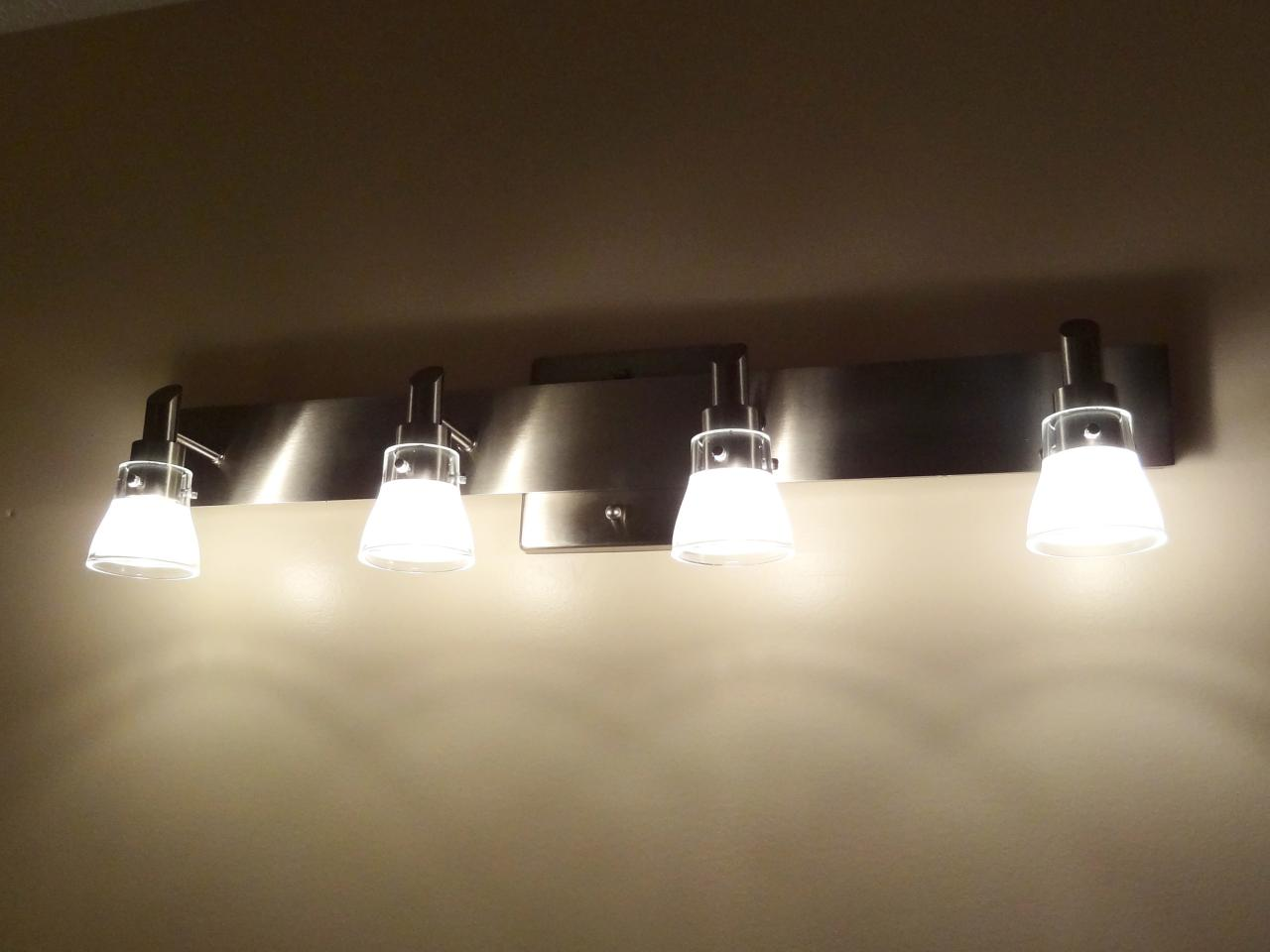 No 7 Light Mirror Bulb