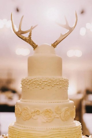 15 Awesome Ideas for Wedding Cake Toppers   Woman Getting Married Get a little wild with your wedding cake toppers  Antlers would work great  for a rustic wedding venue  while the flamingoes fit in perfectly at a  beach