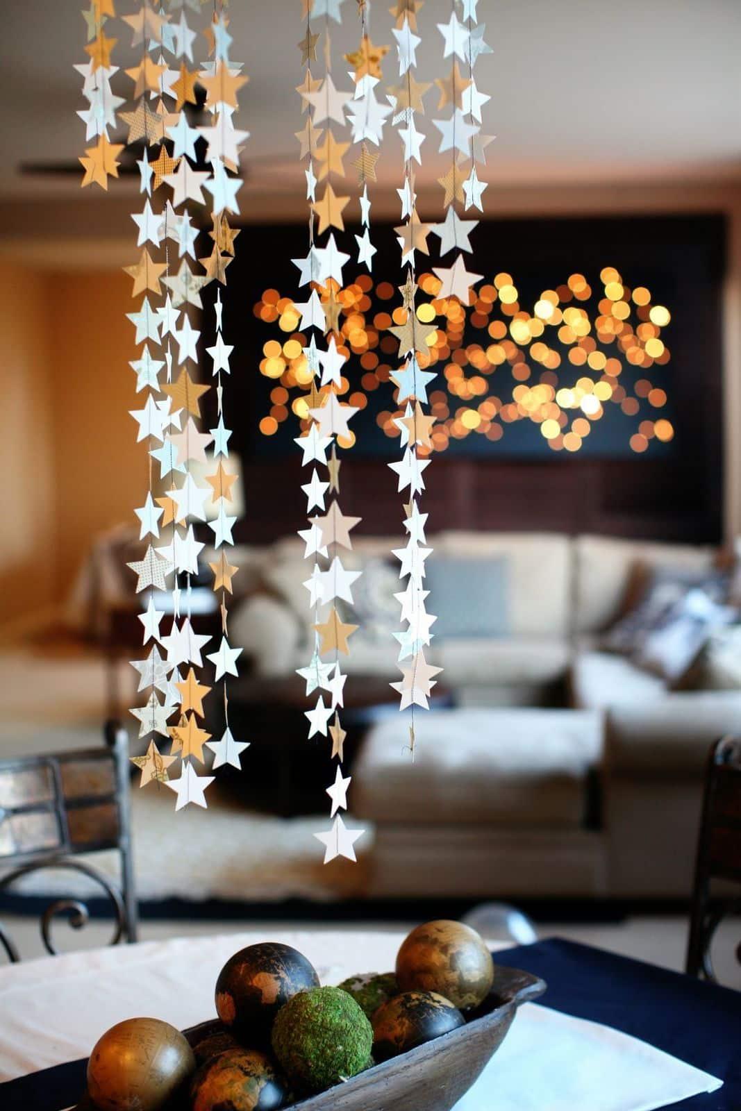 Қағаз жұлдызы Гарланд - Жаңа жылға арналған үлкен қонақ бөлмесін безендіру