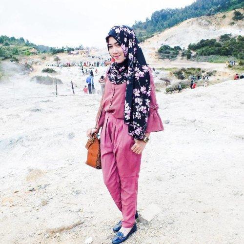 30+ Contoh Model Baju Hijab Untuk Ke Pantai - Fashion ...