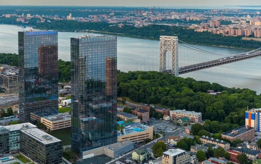 Rent at The Modern  Fort Lee s 47 Story Towering Duo Opens 2nd     The Modern rental towers in Fort Lee via themodernlife com