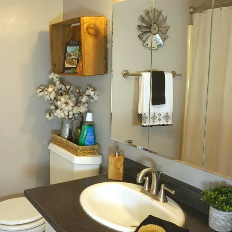 How To Organize Amp Update A Small Farmhouse Bathroom For Summer
