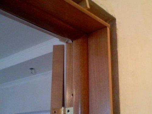 Instalarea unei uși cu un bun