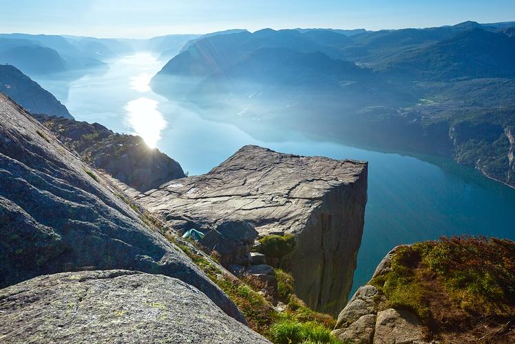 25 Amazingly Beautiful Places On Earth - LostWaldo