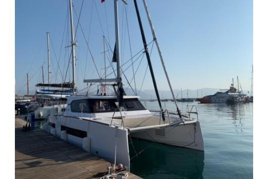 Catamaran Aventura 34