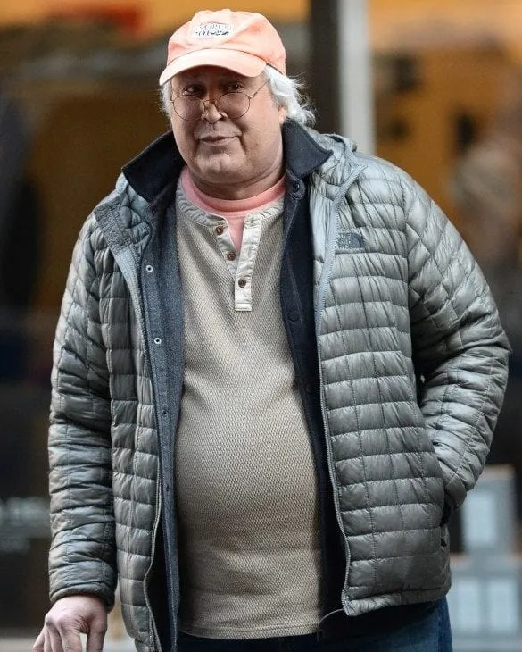 Chevy Chase Is A Comedian On Stage But Less Funny In Real Life In 2016  he arrived at the Hazelden Addiction Treatment Center in Minnesota  for an alcohol related issue  A representative for Chevy said that he was  simply