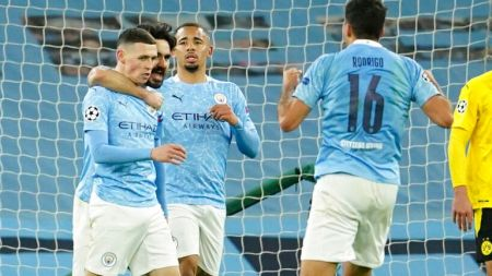 Manchester City 2-1 Borussia Dortmund: Phil Foden Scores Late Winner In  Champions League Quarter-final First Leg | Football News | Sky Sports