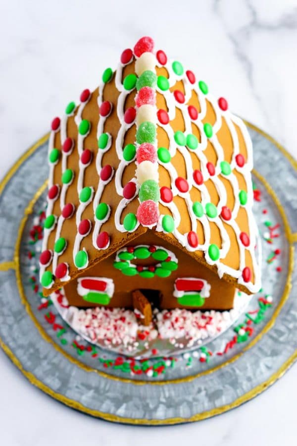 Overhead picture of a decorated gingerbread house.