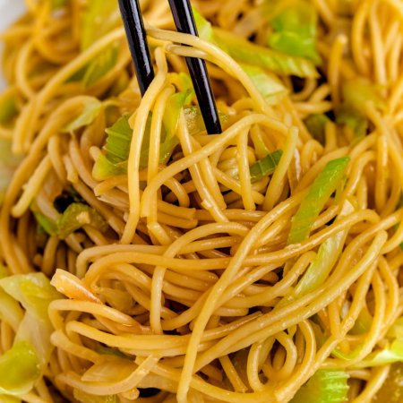 Close up picture of Panda Express Chow Mein noodles.