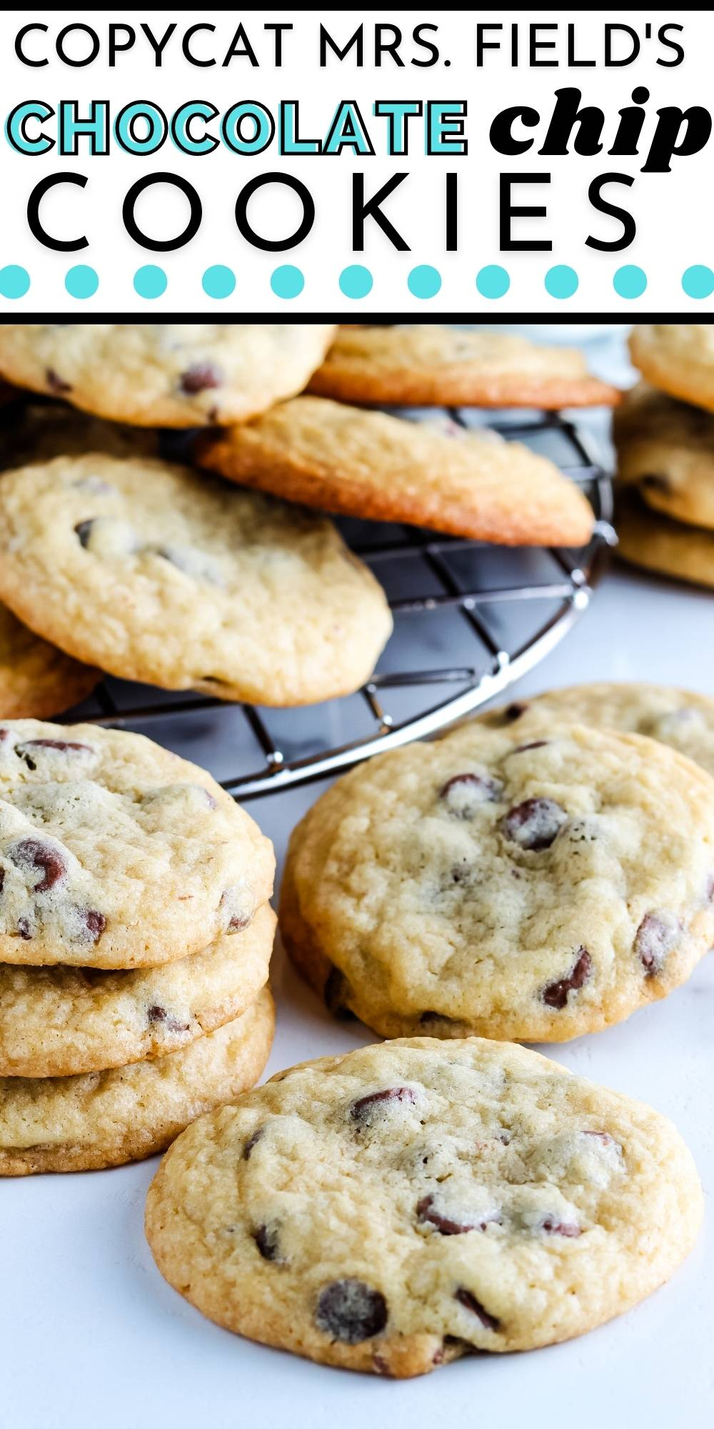 These Copycat Mrs. Fields Chocolate Chip Cookies have crisp edges, soft centers and are easy to make. This recipe will save you money and a trip to the mall! via @easybudgetrecipes