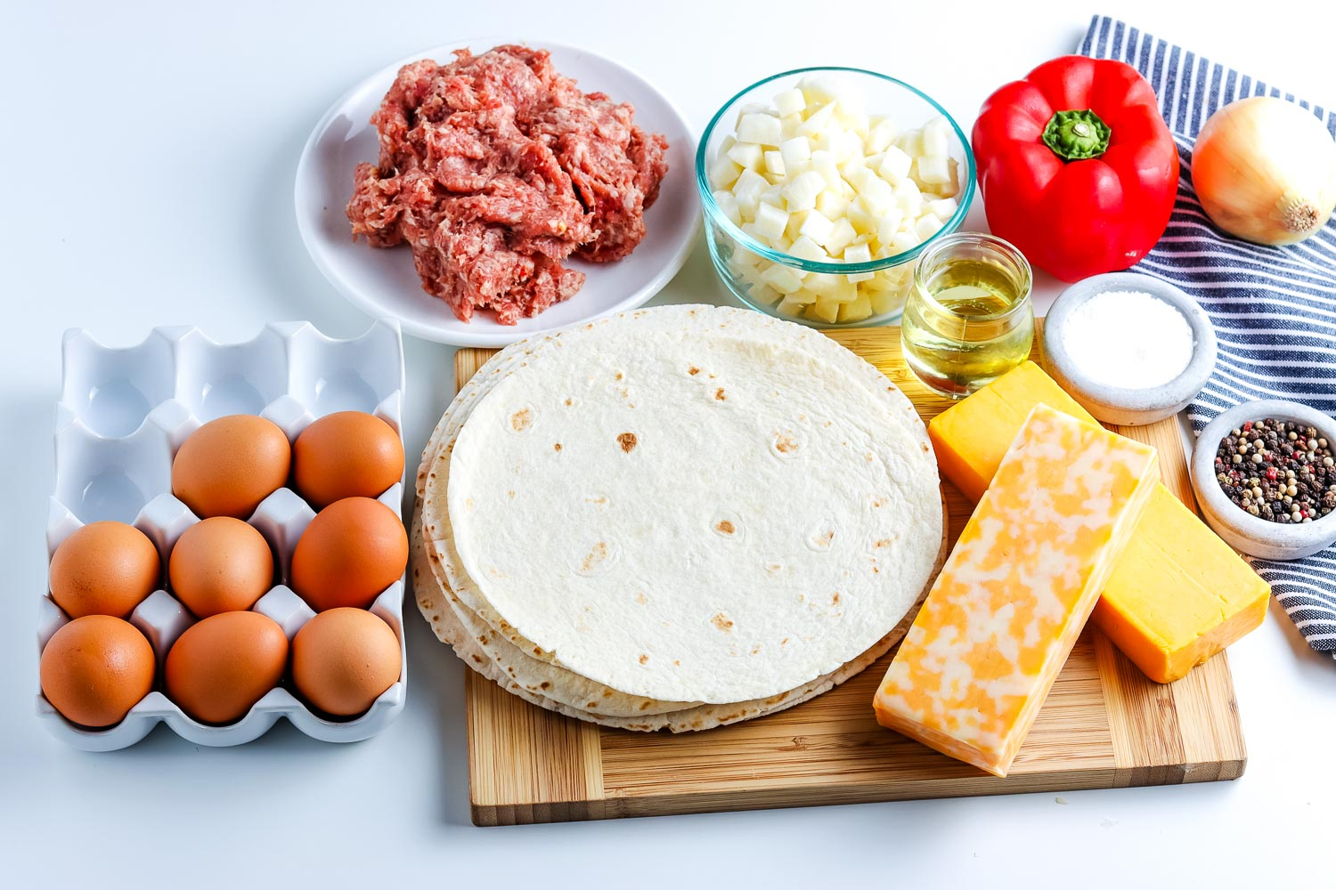 All of the ingredients needed to make this Breakfast Burrito recipe.