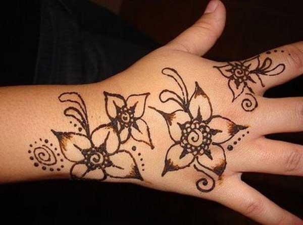 10 Best and Beautiful Mehndi Designs for Kids - Easyday
