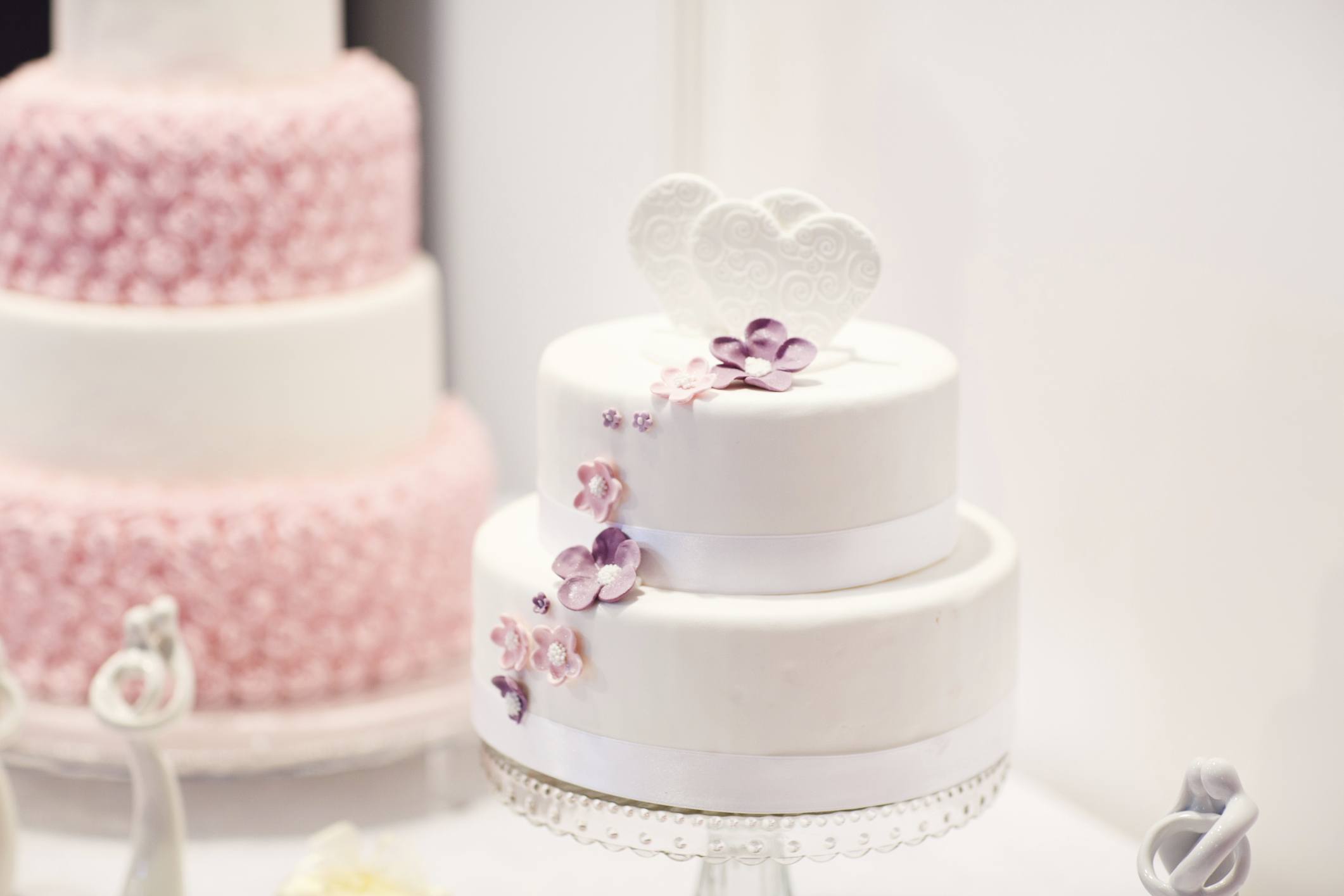Simple budget wedding cake ideas   Easy Weddings UK Simple budget wedding cake ideas