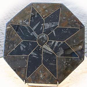 Fossilien Tisch-Platte 8-eckig