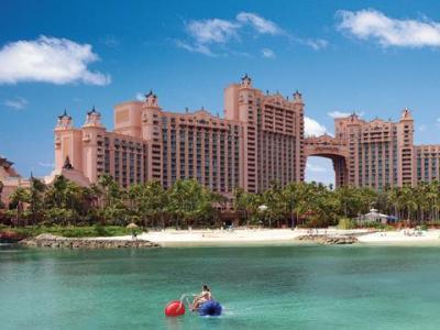 Atlantis Beach Tower Autograph Collection, Nassau ...