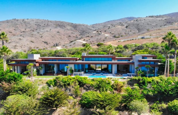 Skrillex Sells Malibu Beach Mansion For .5 Million: Photos – EDM.com