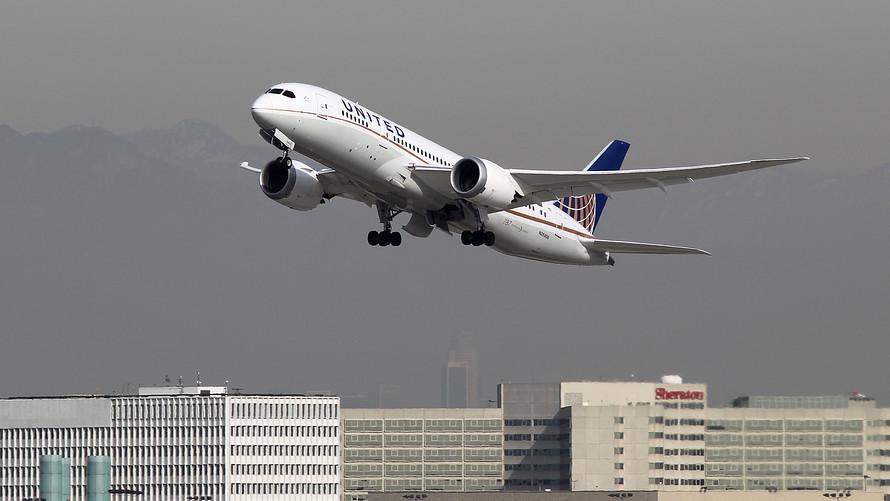 U.S. flight traffic suffers delays as Houston's airports ...