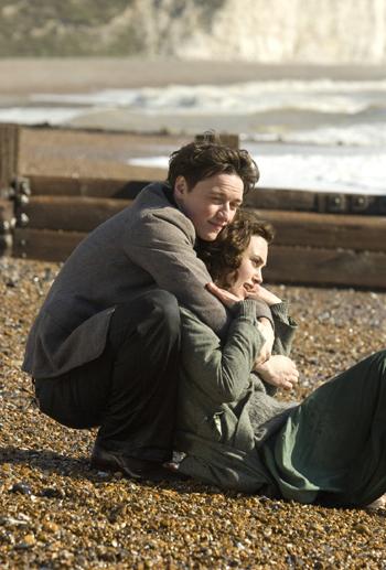 Keira Knightley And Saoirse Ronan
