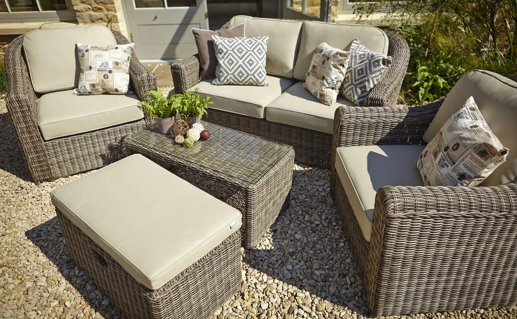 Outdoor Table And Chair Set Sale