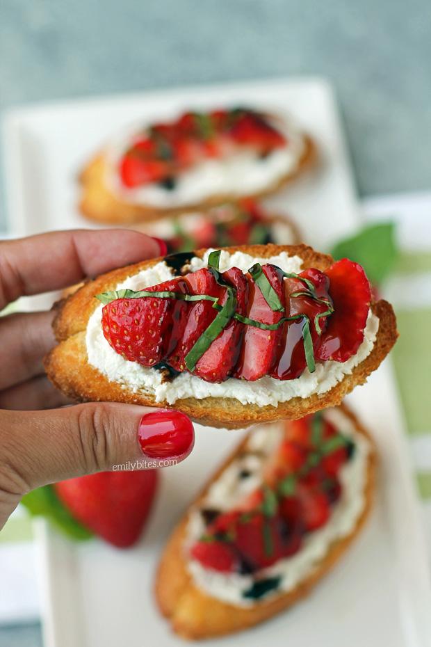 Strawberry Balsamic Bruschetta Emily Bites