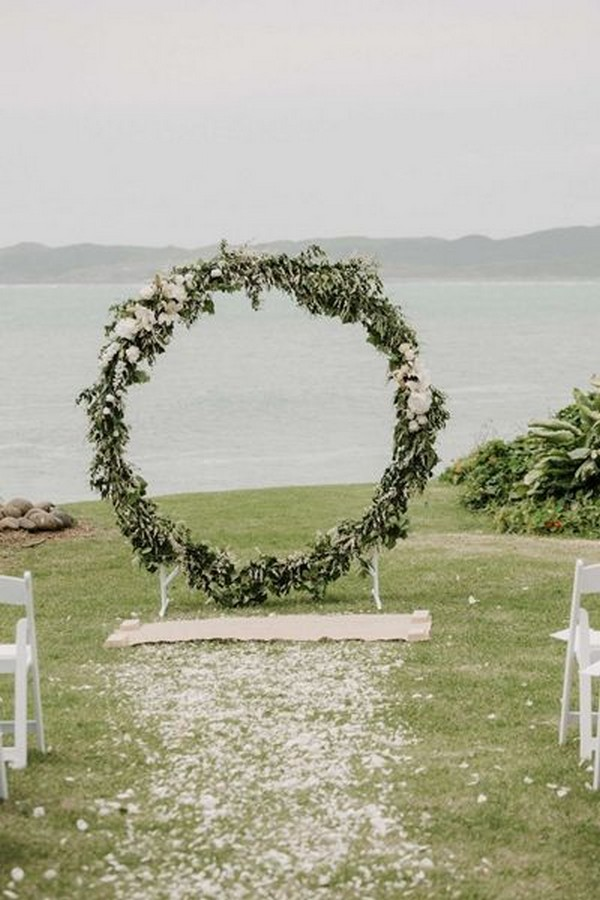 November Wedding Themes
