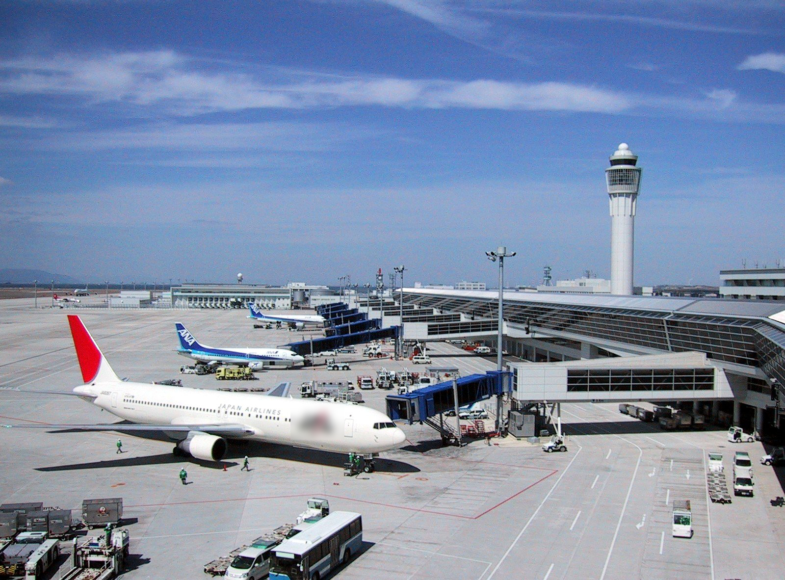 Feasibility study of an International Airport Fuel System